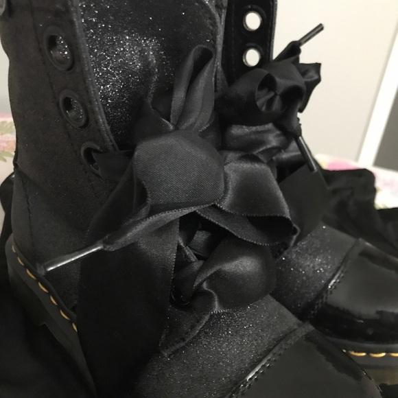 doc martens ribbon laces